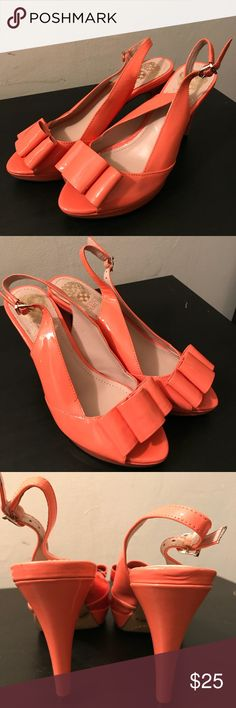 Vince camuto Ava coral bow platform pumps sz6 Hey all. Selling these like new vince camuto bow heels in the color coral ocean. They go great with dresses during the summer or spring. They haven't been worn and are in great condition. Vince Camuto Shoes Heels
