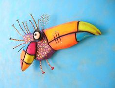 Toucan Baby MADE to ORDER Found Object Wall von FigJamStudio