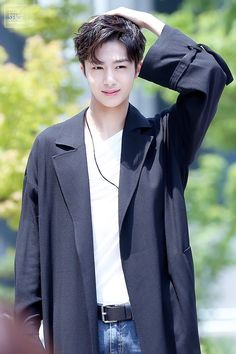 Designer Clothes, Shoes & Bags for Women Jooheon, Monsta X Hyungwon, Yoo Kihyun, Shownu, Extended Play, Fandom, Lee Minhyuk, Bambam, K Idols