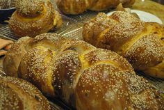 Yam Challah - a very interesting twist on a traditional bread, must try this one. :)