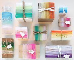 Learn How to Create an Easy Ombré Tulle Look! #tulleribbon #tulleribbonideas #giftwrappingideas