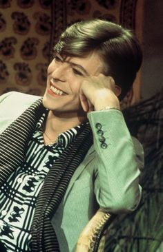 "soundsof71: ""  Poor little greenie! David Bowie, June 28 1977 in Paris, by Christian Simonpietri. """