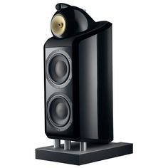 I heard these B 800 Diamond speakers and they sound like there's a hall in them that allows the music to resonate into the far depths
