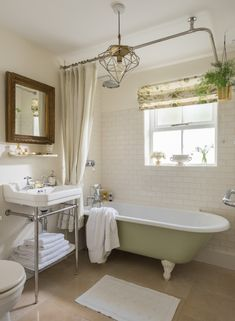 Sweetpea Cottage | Luxury Self-Catering | Kestle Mill, Cornwall Cottage Bathroom Inspiration, Cottage Ideas, Cottage Toilets, Cottage Style Bathrooms, Luxury Holiday Cottages, Home Decor Sets, Farmhouse Remodel, Classic Bathroom, Cottage Interiors