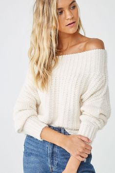 Forever 21 is the authority on fashion & the go-to retailer for the latest trends, styles & the hottest deals. Shop dresses, tops, tees, leggings & more! Varsity Sweater, Cropped Sweater, Clothes 2019, Fall Clothes, Forever 21, Shop Forever, Chunky Cable Knit Sweater, Off Shoulder Sweater, Cold Weather Outfits