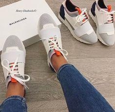 Balenciaga Shoes, Sneaker Boots, Sneakers Fashion, Fashion Shoes, Milan Fashion, Runway Fashion, Shoes Sandals, Shoes Sneakers, Shoe Boots