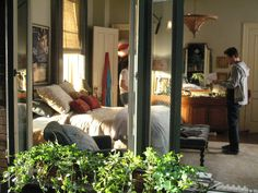 Friends With Benefits: Jamie's Apartment