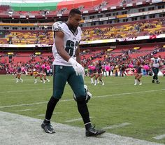 Redskins 23, Eagles 20 -   Eagles' Jordan Matthews walks off the field after the Eagles lost to the Washington Redskins on Sunday, October 4, 2015 in Landover, MD. ( YONG KIM / Staff Photographer )