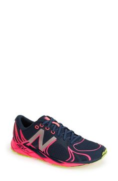 nike aire max femme - New Balance Women's WXC700 Cross Country Spike Shoe,Pink/Blue,5 B ...