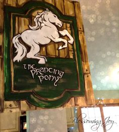 Blossoming Joy: Lord of the Rings Party {Lots of pics}