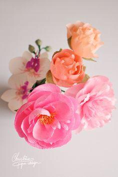 paper flowers - DIY paper peonies.