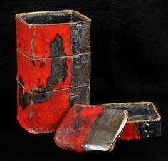 Touching Stone Japanese pottery, ceramics, & sumi-e Gallery Japanese Ceramics, Japanese Pottery, Ceramic Boxes, Ceramic Art, Red Contrast Color, Vase, Tadashi, Contemporary Ceramics, Tea Ceremony