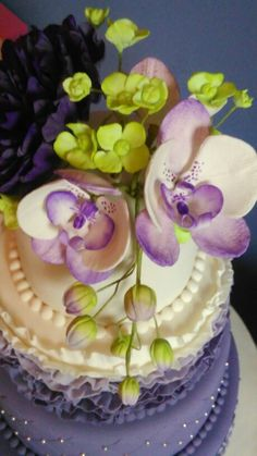 Gumpaste peony, orchid and hydrangea's