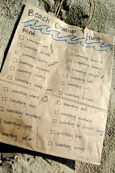 Easy Outdoor Scavenger Hunts for Kids - Playdough To Plato Beach Kids, Beach Fun, Summer Kids, Beach Trip, Outdoor Scavenger Hunts, Scavenger Hunt For Kids, Playdough To Plato, Beach Clean Up, Beach Games
