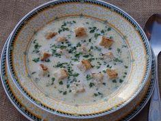 Monia miesza i gotuje: Zupa serowa z serkami topionymi