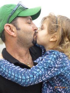 Mi esposo Marcos y mi hijita Linda - amo, amo, amo.