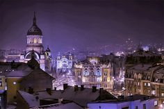 My oldest son lives in Cluj-Napoca, Romania. I'll need to visit sometime. Bulgaria, Budapest, Places To Travel, Places To See, Night Walkers, Historia Natural, World Cities, Medieval Town, Place Of Worship