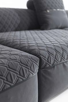 Sforza Sofa by Vittoria Frigerio #VittoriaFriggerio #Upholstery