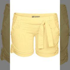 Shh...esse look é só seu!   Shorts com faixa amarelo escuro  COMPRE AQUI!  http://imaginariodamulher.com.br/look/?go=2g4Ehno  #comprinhas #modafeminina#modafashion  #tendencia #modaonline #moda #instamoda #lookfashion #blogdemoda #imaginariodamulher