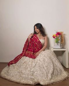 Party Wear Indian Dresses, Designer Party Wear Dresses, Indian Gowns Dresses, Indian Bridal Outfits, Indian Bridal Fashion, Indian Fashion Dresses, Kurti Designs Party Wear, Dress Indian Style, Indian Designer Outfits