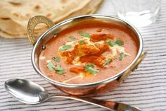 Indian Butter Chicken ( Murgh Makhani ) cooked by a pro, free cooking lesson Wine Recipes, Indian Food Recipes, Cooking Recipes, Ethnic Recipes, Easy Recipes, Food Trucks, Tortellini, Best Pumpkin Soup Recipe, Malai Kofta Curry
