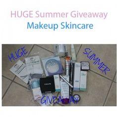 HUGE Summer Giveaway Makeup Skincare ^_^ http://www.pintalabios.info/en/youtube-giveaways/view/en/221 #International #MakeUp #bbloggers #Giweaway