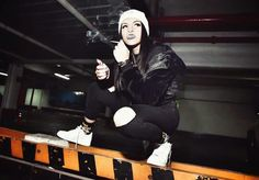 Cazzu cantante de trap Argentina Cannabis Wallpaper, Trap, Princesas Disney, Fashion Photo, Couple Goals, Rapper, Fangirl, Celebrity Style, Goth