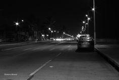 Malecón de Coatzacoalcos por la noche. Fotografía tomada originalmente en B&N Sigma Zoom Master 35-70mm