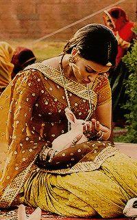 Actress Aishwarya Rai, Bollywood Actress Hot, Jodhaa Akbar, Royal Indian, Indian Aesthetic, Royal Dresses, Indian Designer Outfits, India Beauty, Most Beautiful Women