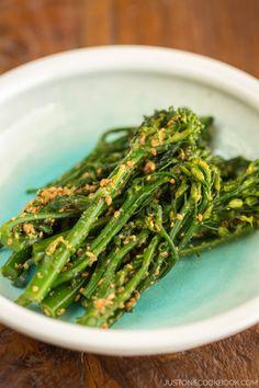 Broccolini Gomaae ブロッコリーニの胡麻和え | Easy Japanese Recipes at JustOneCookbook.com