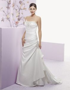 Strapless Wedding Dresses|Strapless Wedding Gown A Line Taffeta Chapel Train Strap Back - US$269