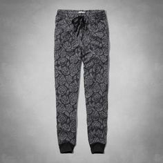 Supersoft and cozy with a pretty floral pattern, front pockets, cinched openings and soft waistband with drawstring, Jogger Fit, Imported<br><br>60% cotton / 40% polyester