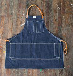 artifact-artisan-apron