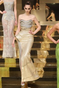 Just wow! Atelier Versace Spring 2012 Couture...