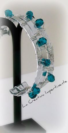 La Creativa Impertinente: Bracciale in alluminio piatto - tecnica Wire - flat aluminium bracelet