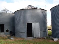 How awesome would it be to have a grain bin made into a play house!! How to Disassemble a Grain Bin: Picture Tutorial