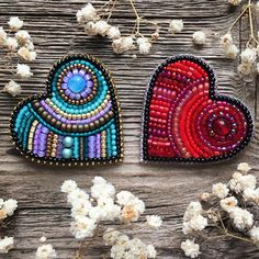 Embroidery Hearts, Bead Embroidery Jewelry, Beaded Jewelry Patterns, Fabric Jewelry, Beaded Embroidery, Beading Patterns, Beaded Brooch, Beaded Earrings, Brooches Handmade