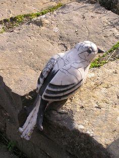 P1010432 Clay Birds, Ceramic Birds, Ceramic Art, Clay Animals, Animals And Pets, Pottery Animals, Raku Pottery, Bird Sculpture, Stoneware Clay
