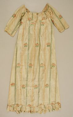 Dress Date: early 19th century Culture: American Medium: silk Accession Number: C.I.42.152.1