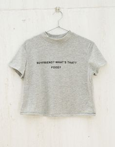 I don't like this food! Outfits For Teens, Girl Outfits, Cute Outfits, Girls Crop Tops, Plain Tops, Love T Shirt, Fall Fashion Outfits, Sweater Shirt, Cute Shirts