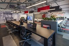 A Tour of Payguru's Modern Istanbul Office - Officelovin'