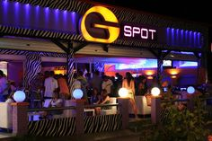 Nightlife in Laganas Night Club, Night Life, Greece Travel, Greece Trip, Athens Nightlife, Yacht Party, Bars And Clubs, Speed Boats, Cool Bars