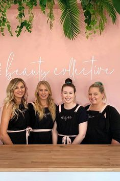 The gorgeous team from have perfected their uniform with the addition of Soft Pink straps on their Black Ace Aprons to match their salon decor👌💯 The Beauty Collective offer a one-stop-shop for complete beauty services for men and w Nail Salon Decor, Beauty Salon Decor, Beauty Therapist Uniform, Beauty Salon Uniform Ideas, Hairstylist Apron, Salon Aprons, Pink Salon, Beauty Uniforms, Spa Uniform
