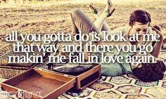 Makin' Me Fall In Love Again - Kellie Pickler