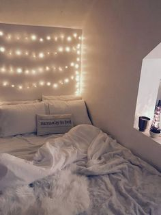 Loving my room VSCO Room Ideas Loving room. Loving my room VSCO Room Ideas Loving room Get more ph Cute Bedroom Ideas, Room Ideas Bedroom, Girl Bedroom Designs, Teen Room Decor, Bedroom Goals, Diy Bedroom, Pretty Bedroom, Teen Bedroom, Bedroom Inspo