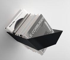Systemtronic - magazine houder Dyky www.dotorangedesign.com