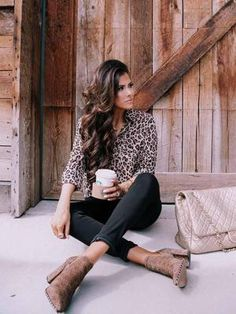 Easy to re-create chic fall outfit - nodstrom fall fashion trends. Fall Fashion Outfits, Fall Fashion Trends, Spring Outfits, Love Fashion, Autumn Fashion, Casual Outfits, Fashion Looks, Casual Pub Outfit, Cheap Fashion