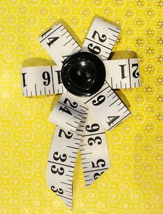 Tape Measure Brooch   Cheryl Hayton onto Things to make from bettyjoy-tutorials.blogspot.com