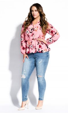 Shop Women's Plus Size Botanical Blush Top - blush - Street Style - Collections Indie Fashion, Grunge Fashion, New Fashion, Retro Fashion, Vintage Fashion, Style Fashion, Fashion Design, City Chic Online, Fashion Show Makeup