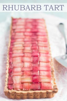 Gorgeous Rhubarb Tart with almond frangipane filling and buttery shortbread crust. Gorgeous Rhubarb Tart with almond frangipane filling and buttery shortbread crust. Rhubarb Tart, Rhubarb Desserts, Spring Desserts, Rhubarb Recipes, Tart Recipes, Best Dessert Recipes, Fun Desserts, Sweet Recipes, Cooking Recipes